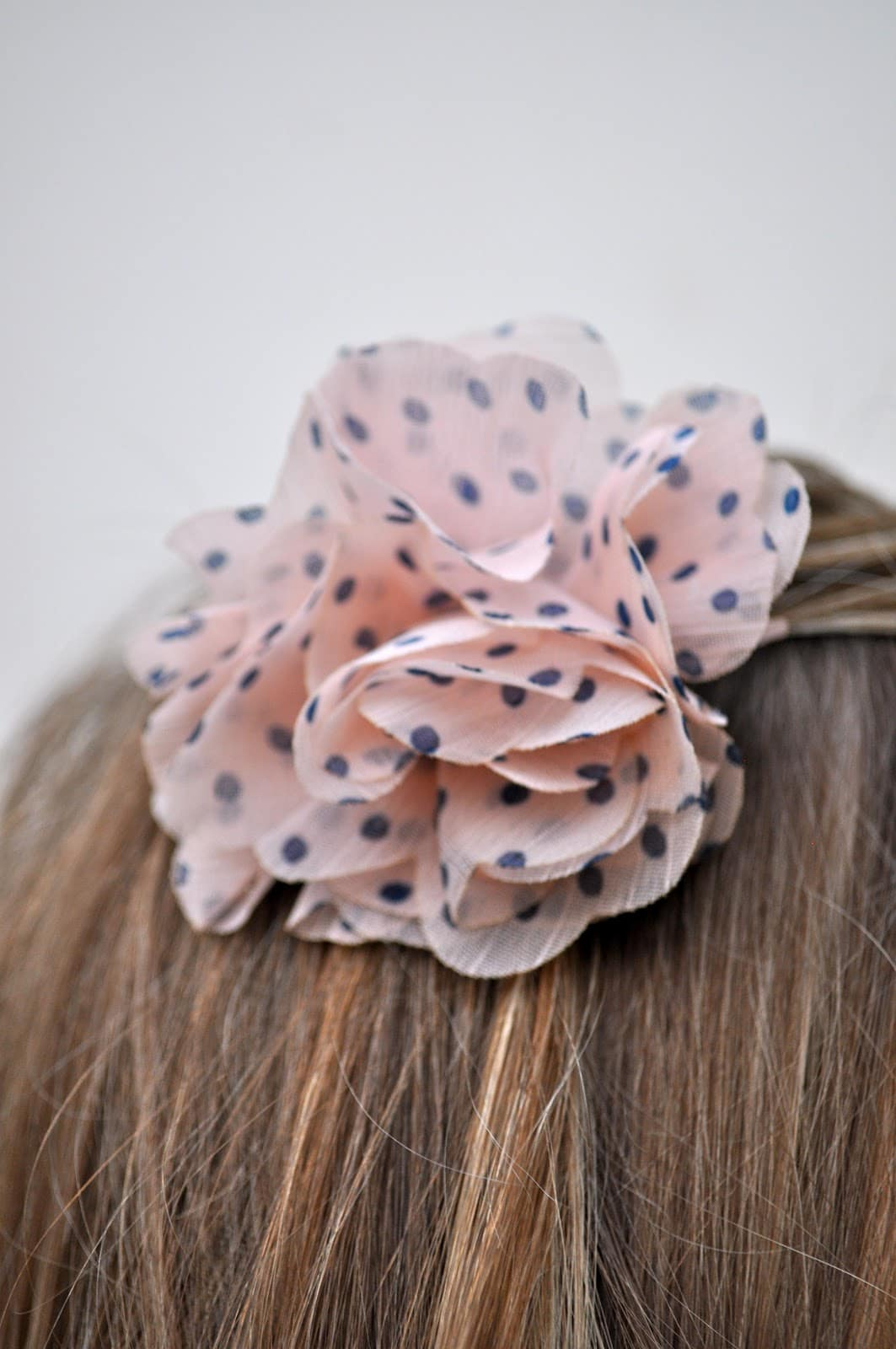 Easy No-Sew Flower Hair Bow Tutorial