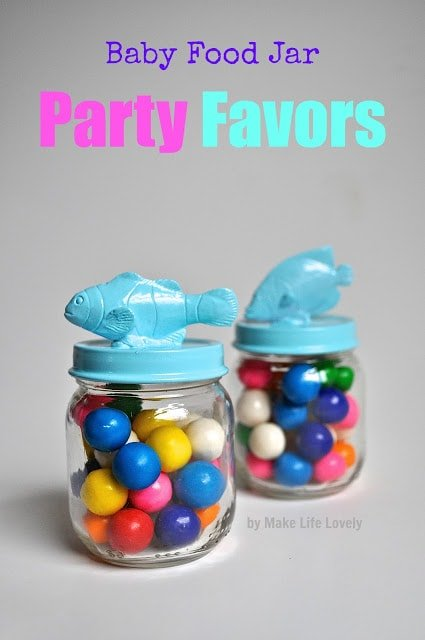 Party favor jars made from baby food jars. Such a great way to reuse those old glass baby food jars!