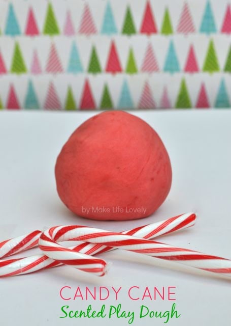 Scented playdough DIY