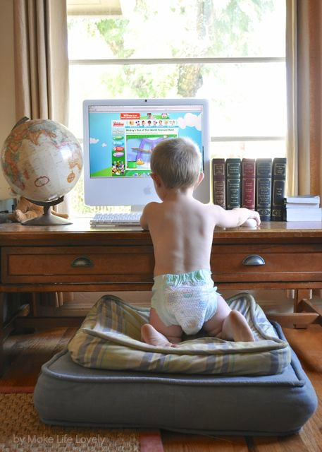 8 Ways To Keep Your Toddler Still While Changing Their