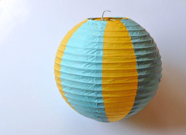 Paper lantern hot air balloons make life lovely - Paper lantern paint color ...