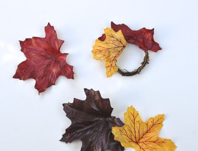 DIY Fall Leaves Napkin Rings