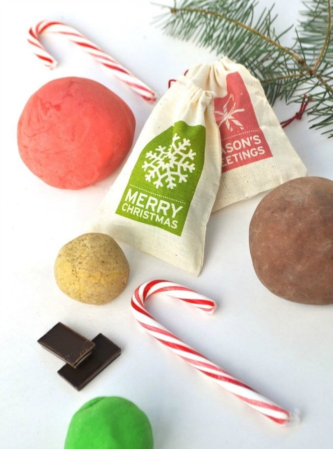 Holiday Scented Play Dough Recipe
