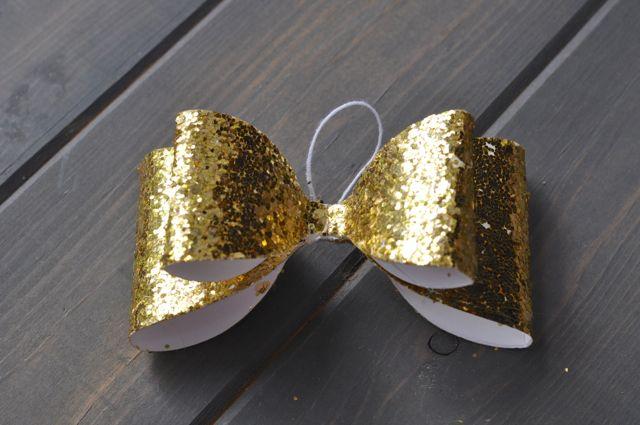 DIY Bow Ornament