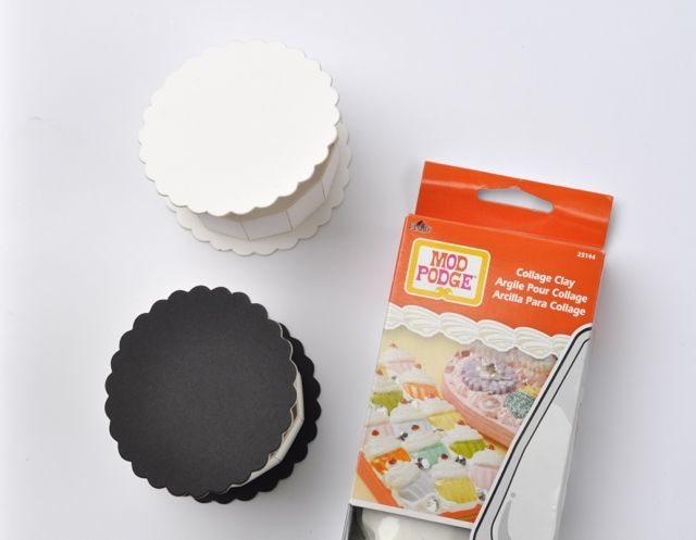 Making frosting with Collage Clay