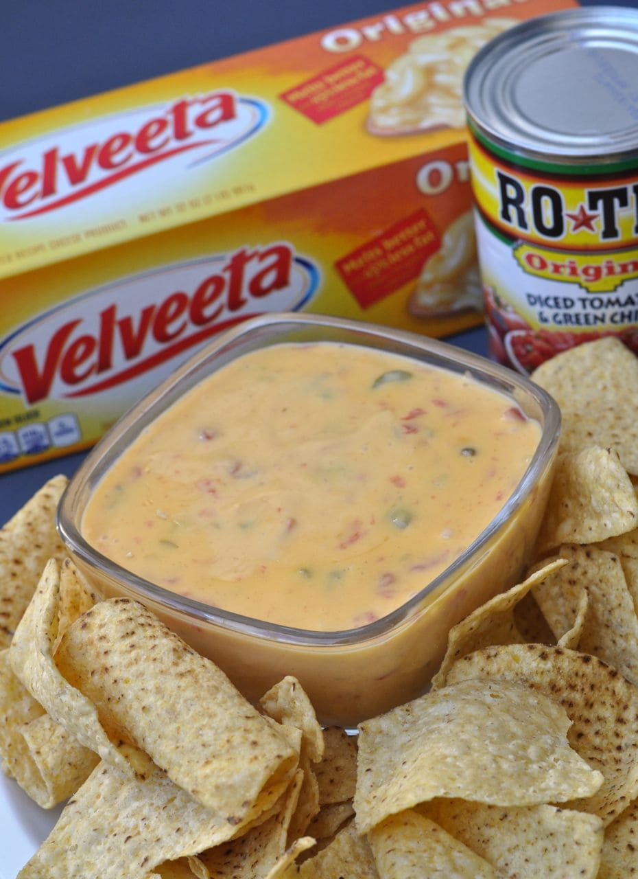 queso dip with chips and Velveeta cheese and Ro*Tel tomatoes can