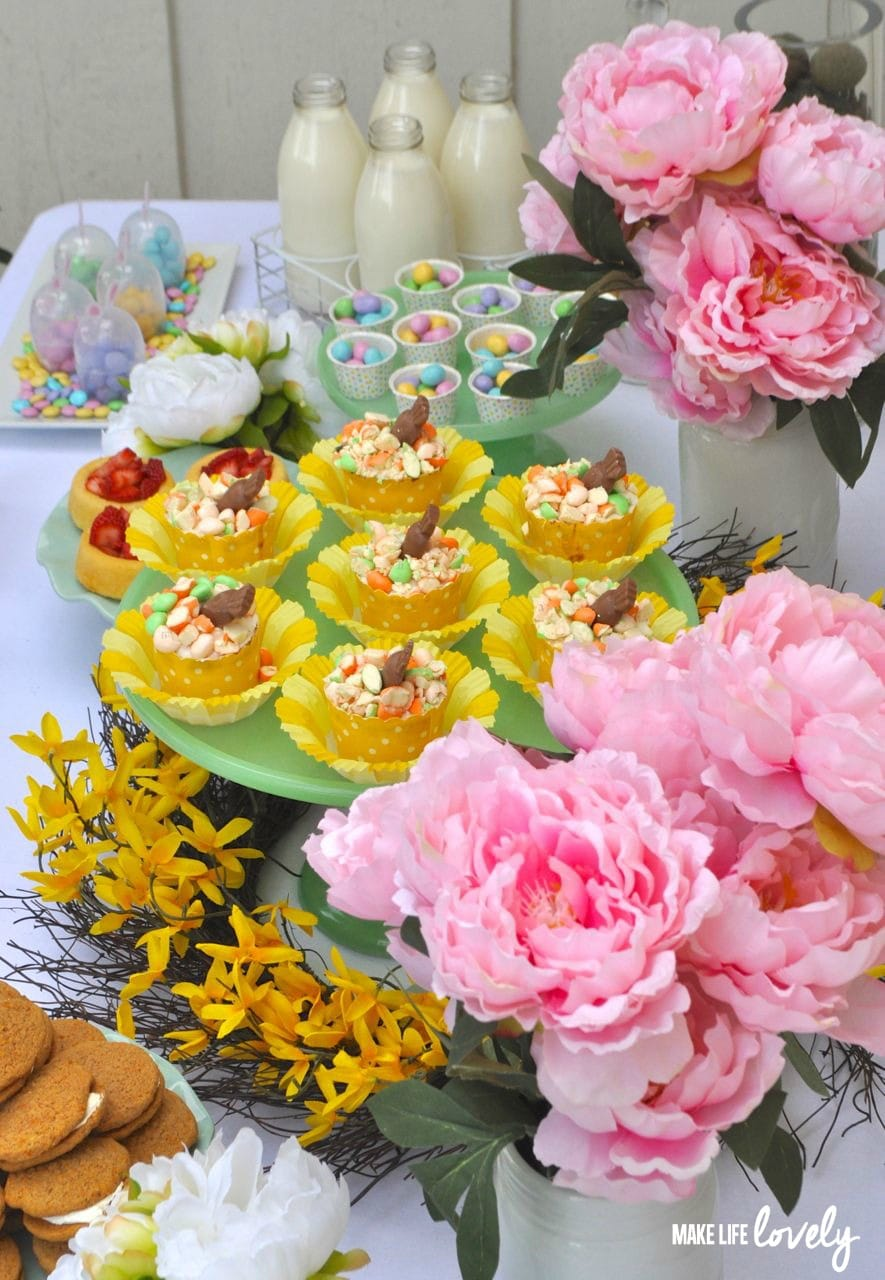 Carrot Cake Cupcakes Easter Table Ideas Make Life Lovely