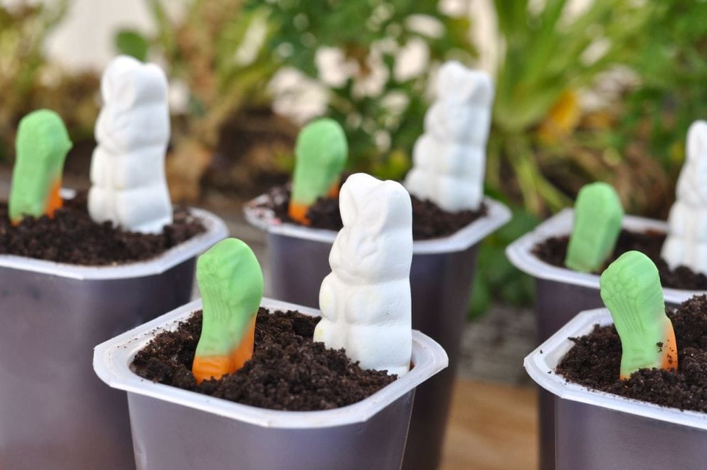 Easter pudding cup idea
