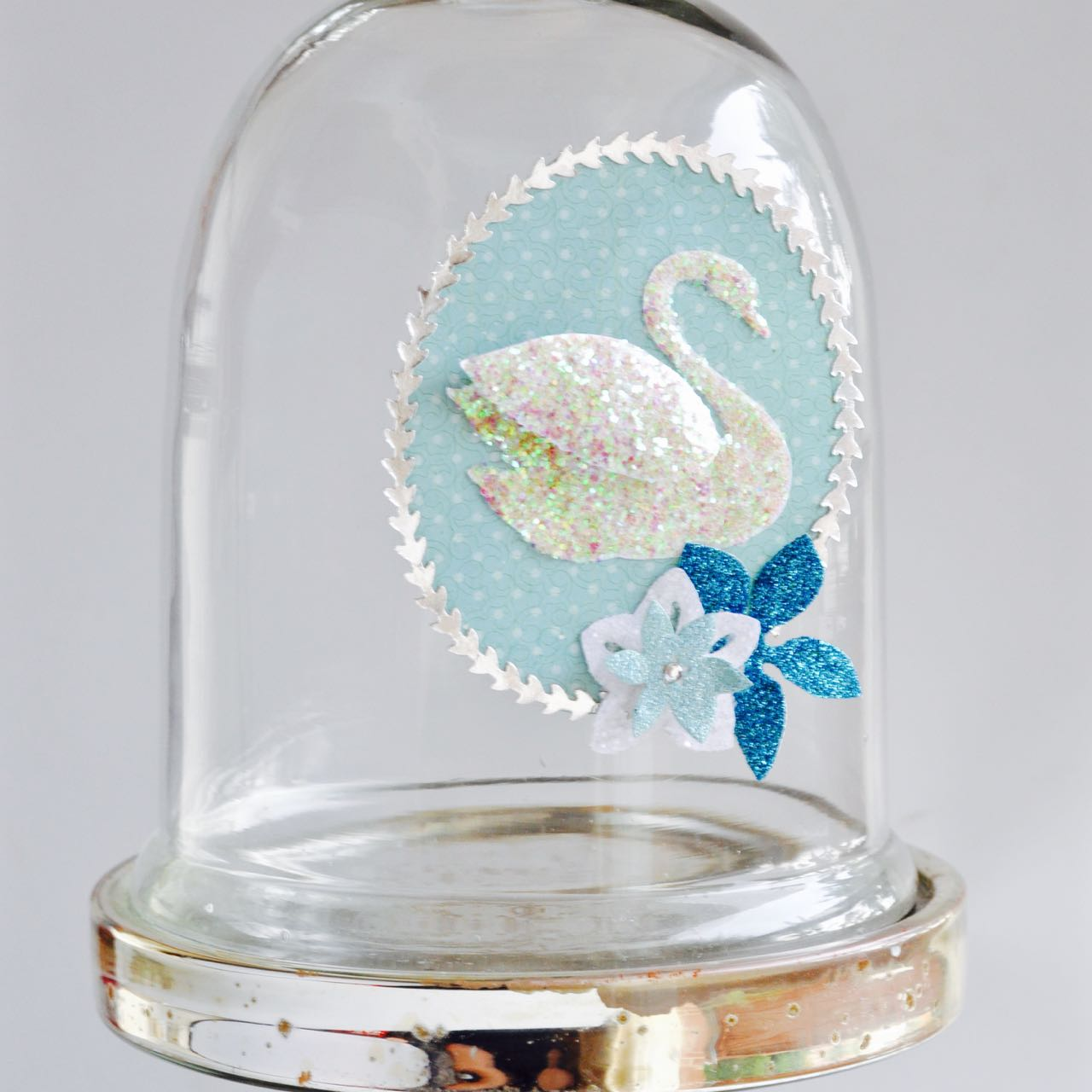 Christmas in July Swan Decoration with Sizzix