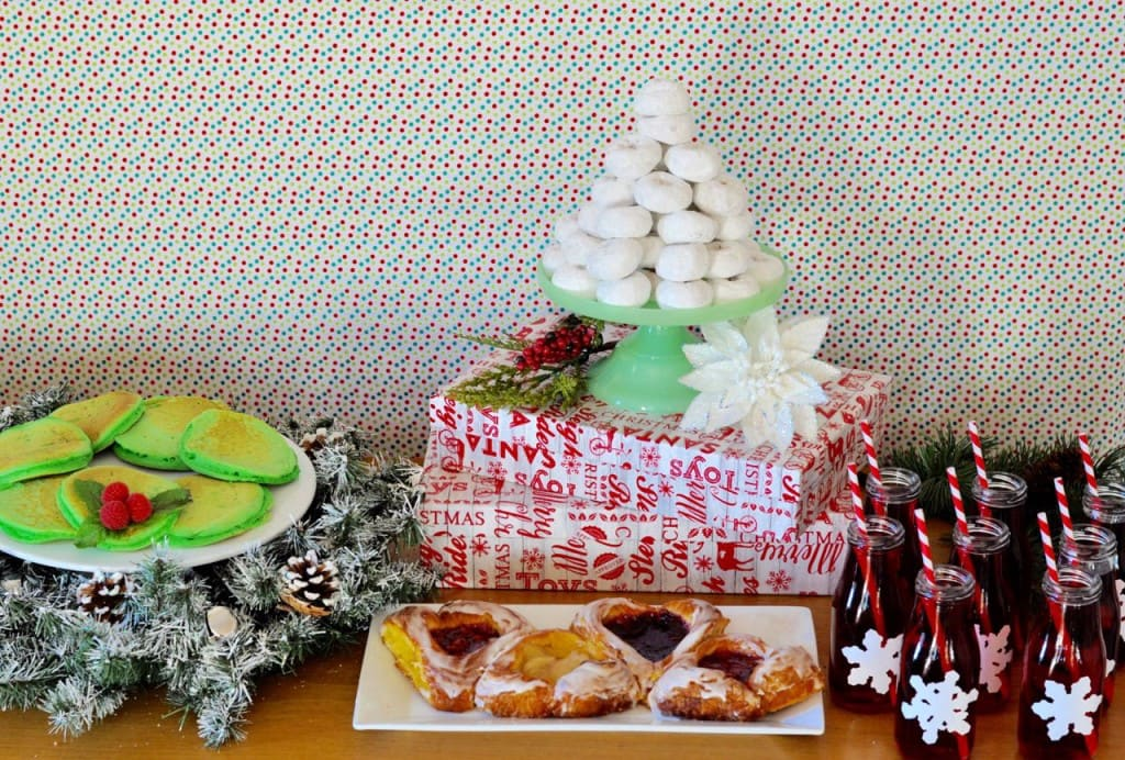 Christmas breakfast table ideas