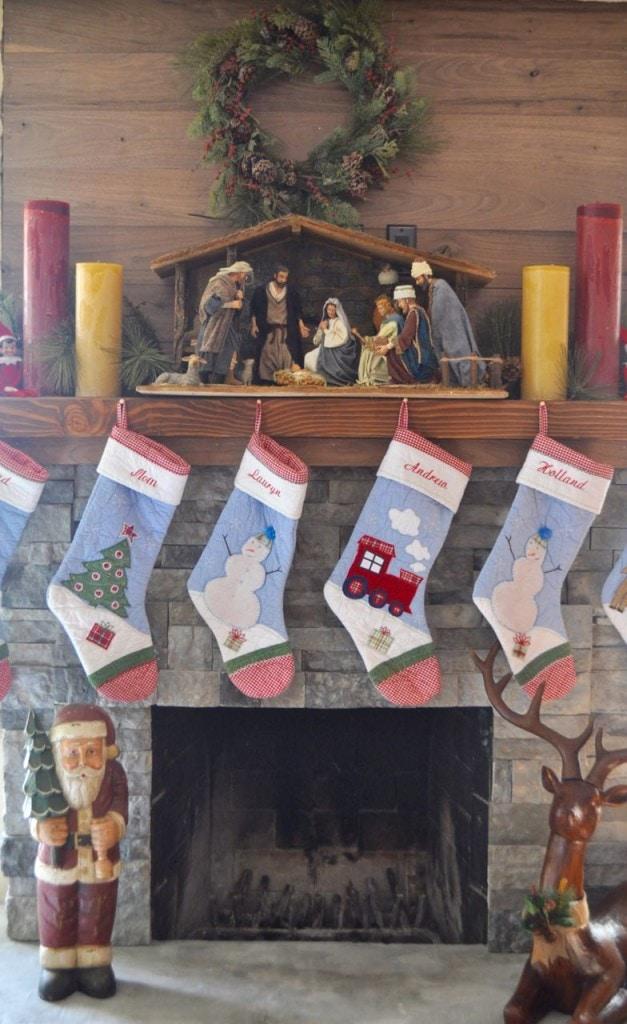 Christmas Mantle Decorations Ideas