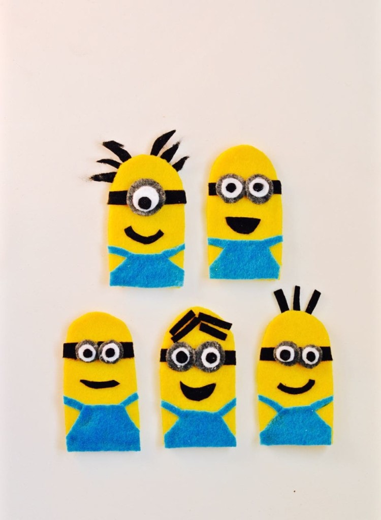 DIY Minions Finger Puppets