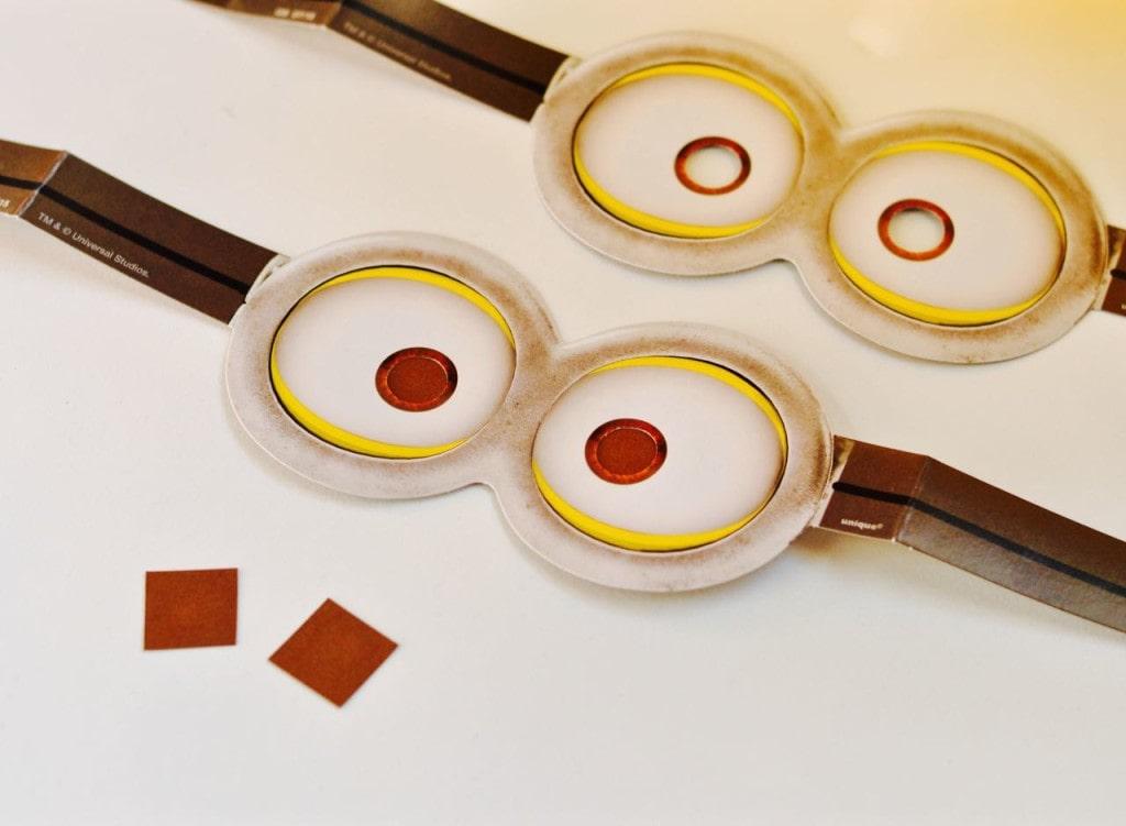 DIY Minions Paper Lanterns