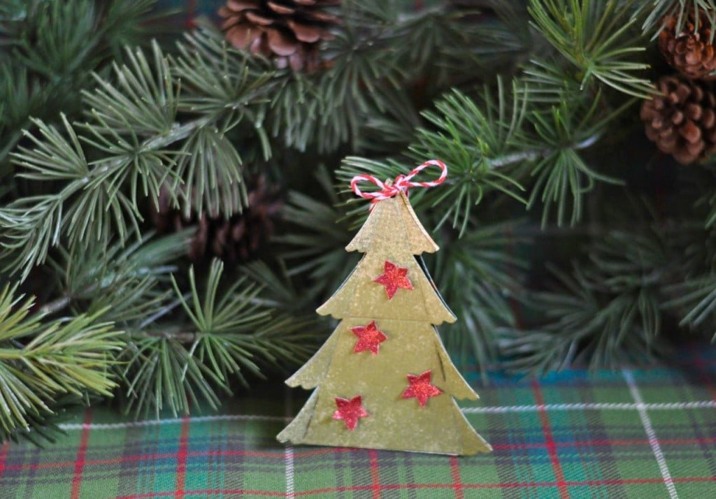 Handmade Christmas Ornament with Sizzix