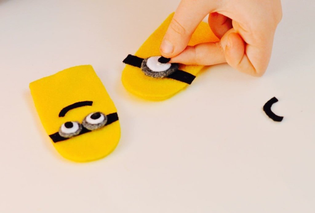 Minions Finger Puppet Craft for Kids
