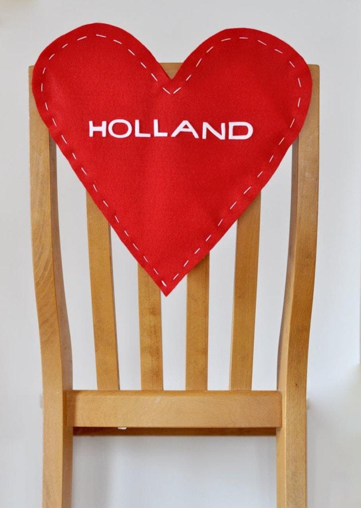 Valentine's Day Chair Backer DIY