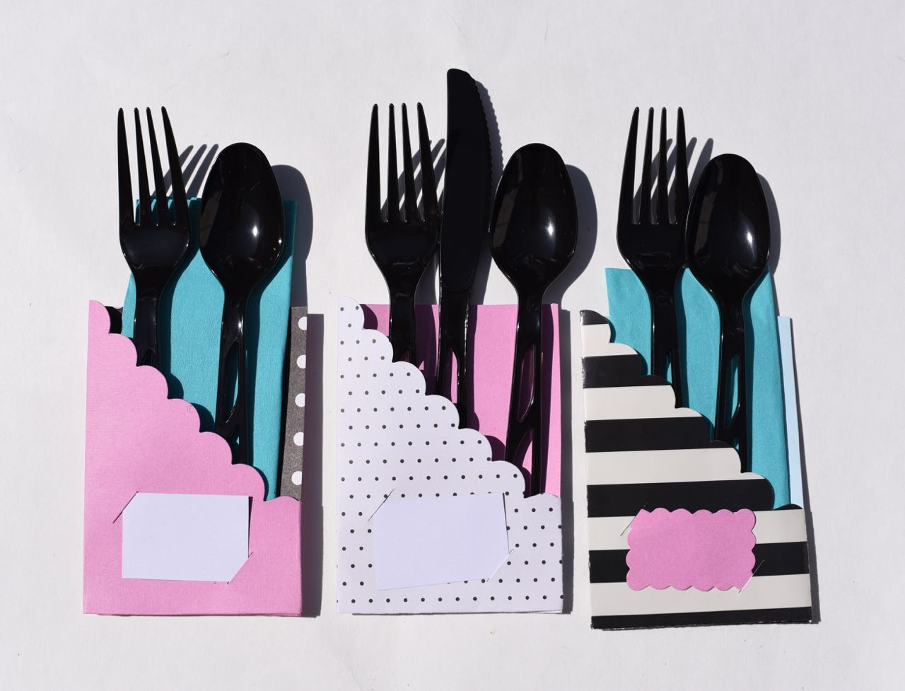 Paper utensil holders with Sizzix die
