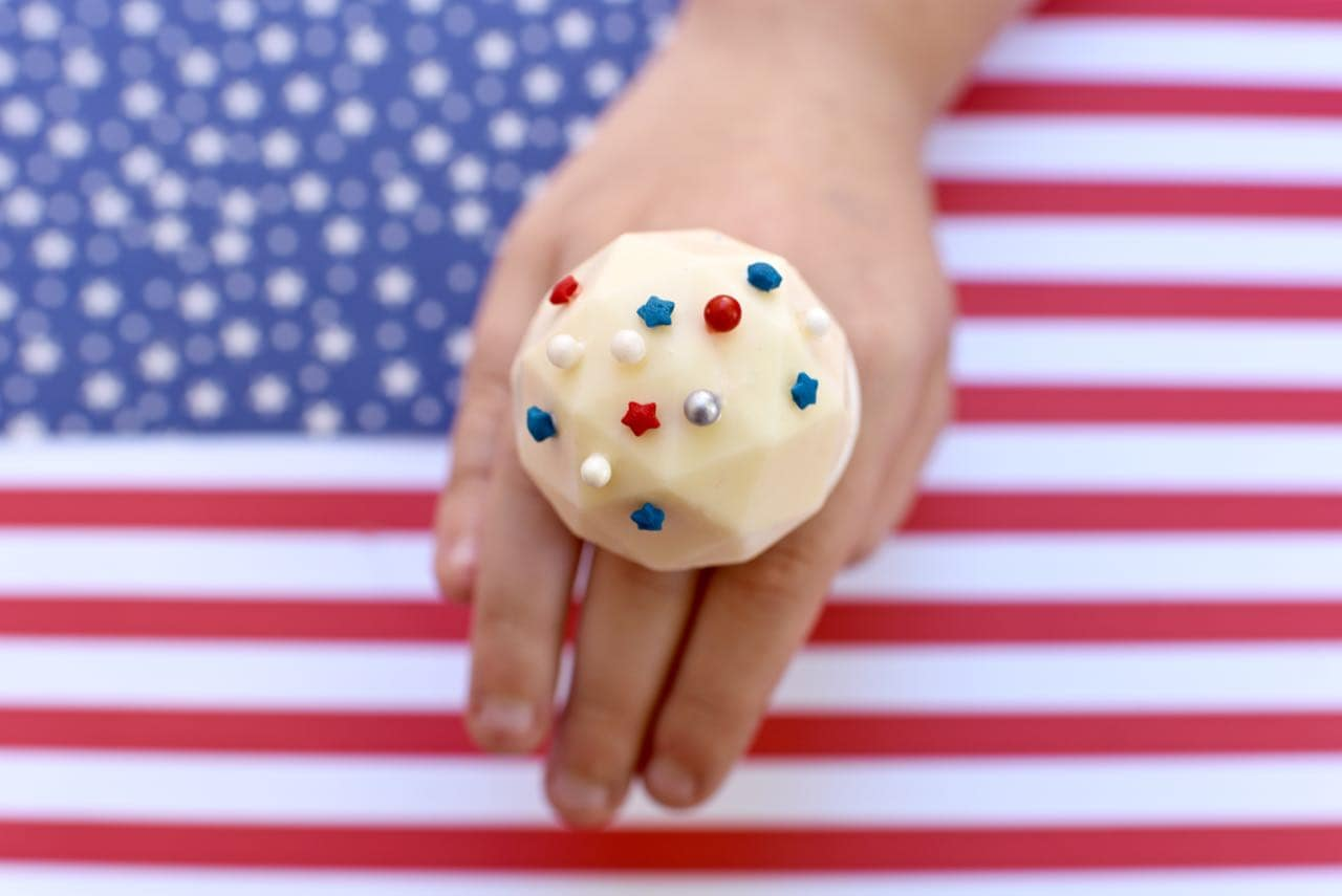 DIY Chocolate Ring Pops for the 4th of July