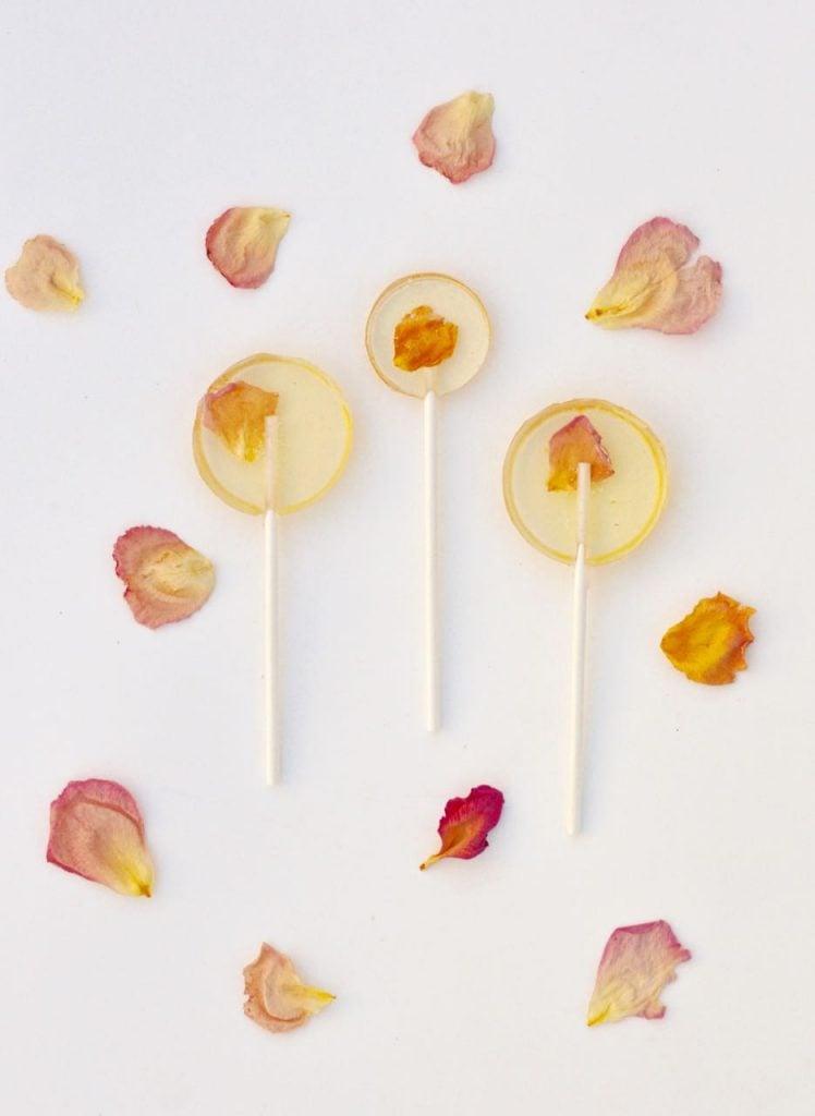 Make Edible Flower Lollipops