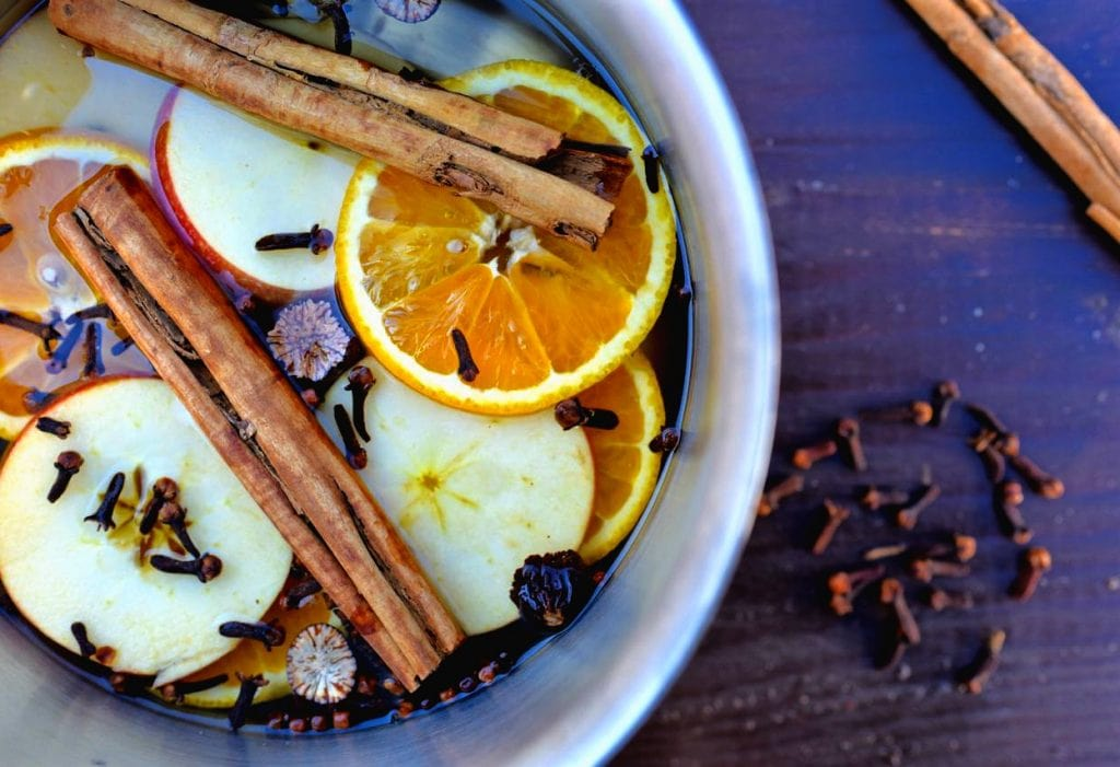 Simmering potpourri for fall