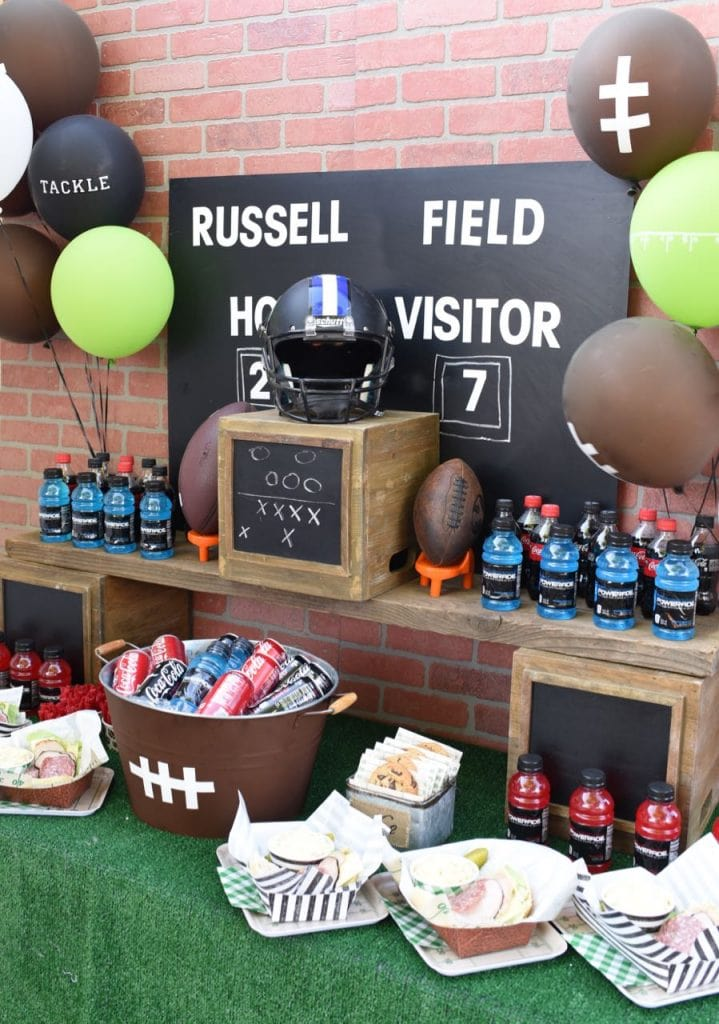 Football party table decorations