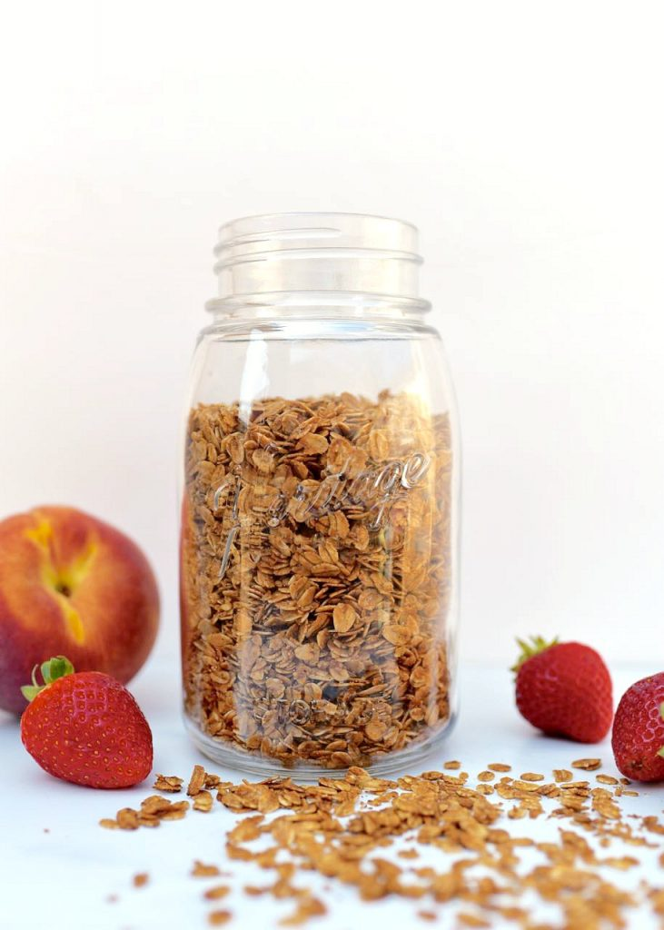 Homemade granola recipe that tastes delicious! So easy to customize to exactly how you like it.
