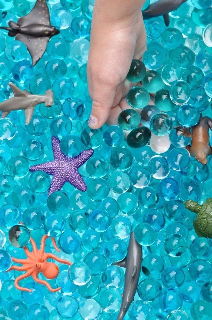 Ocean sensory bin with water beads tutorial
