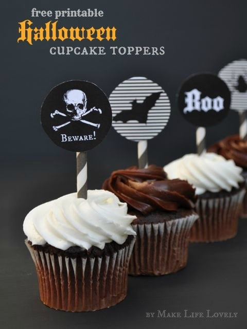Free printable Halloween cupcake toppers. SO cute, and perfect for a Halloween party!