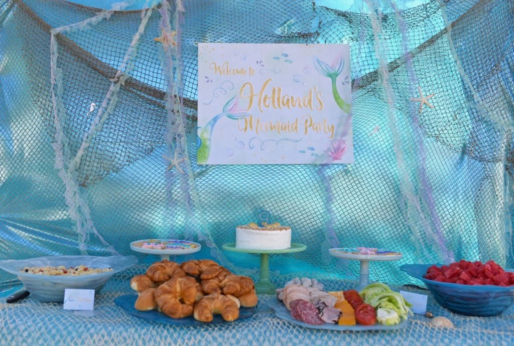 mermaid-birthday-party-food-table