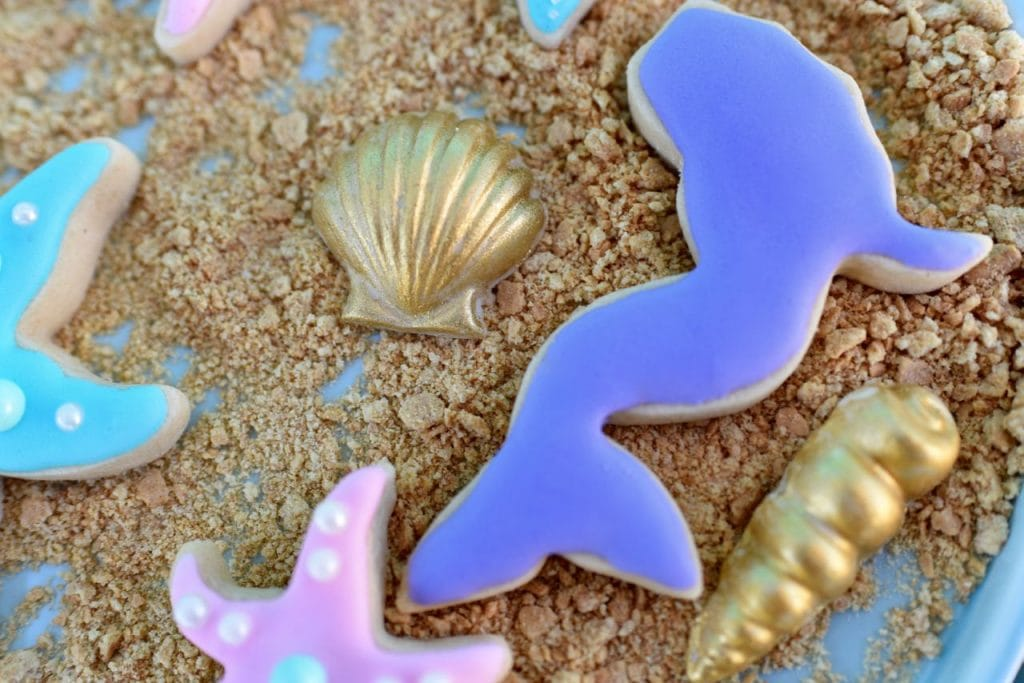 mermaid-birthday-party-sugar-cookies