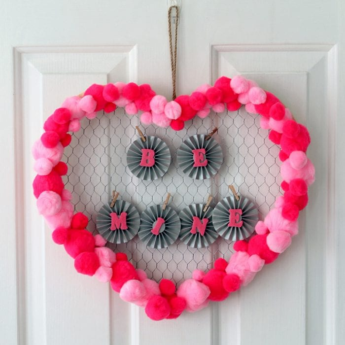 valentines-day-wreath-007-700x700