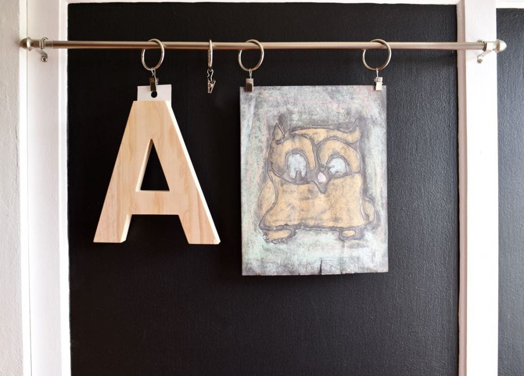 Kids closet makeover with chalkboard paint
