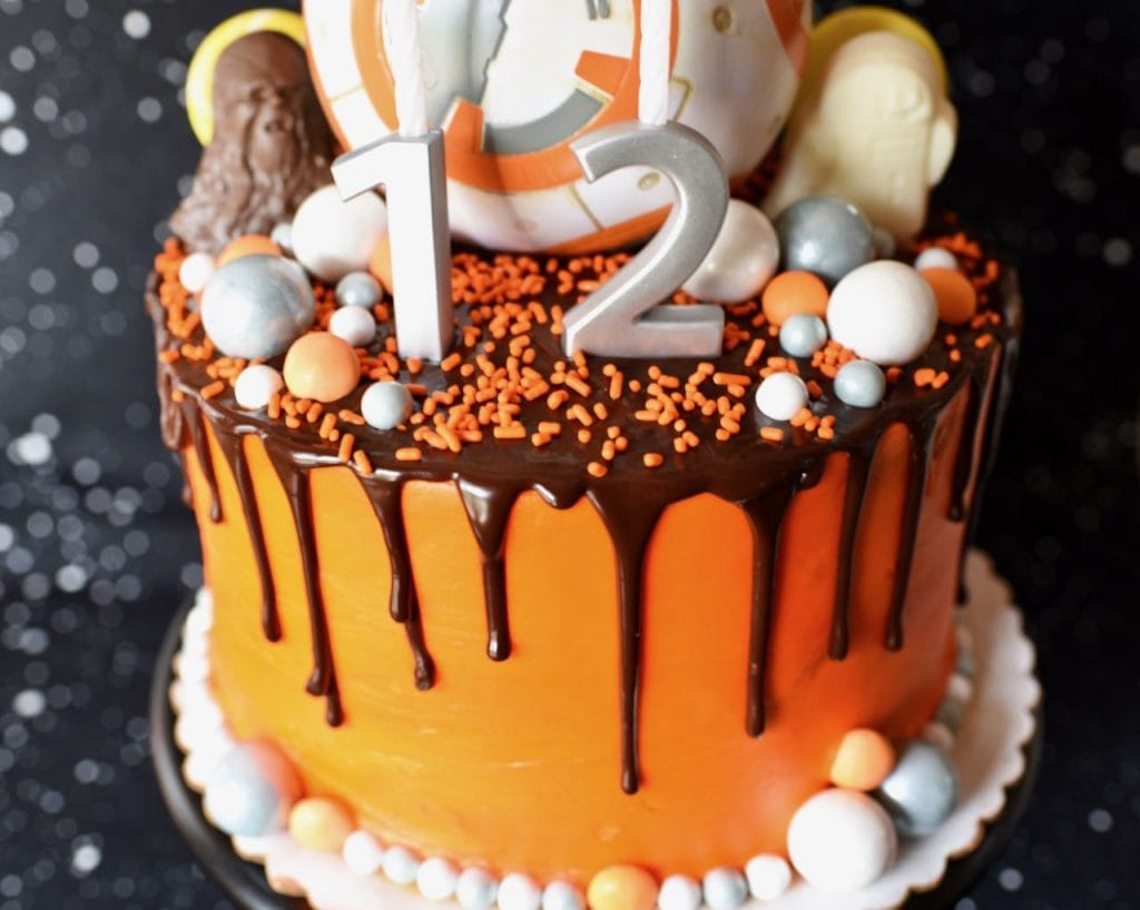 Star Wars The Force Awakens cake with BB-8