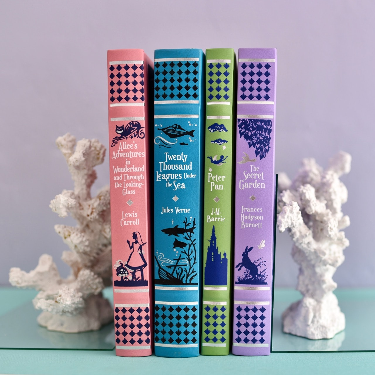 Diy Coral Bookends For Summer With Clear Gorilla Glue Make Life Lovely