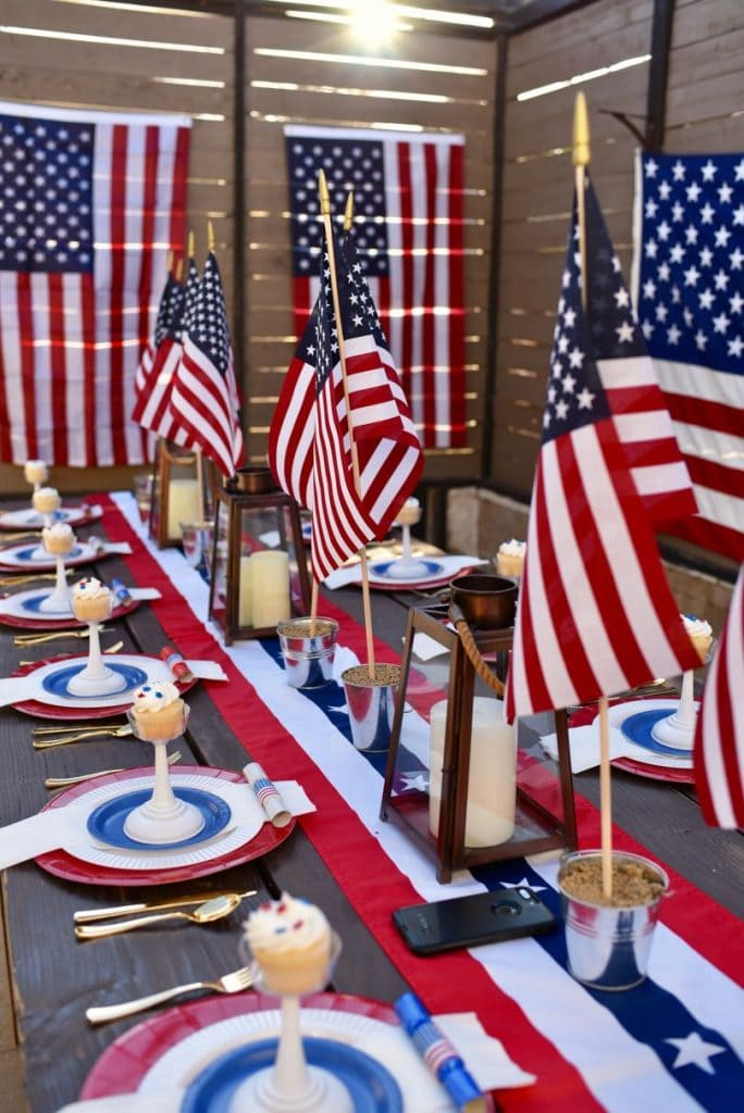 Fourth of July patriotic party table and place settings