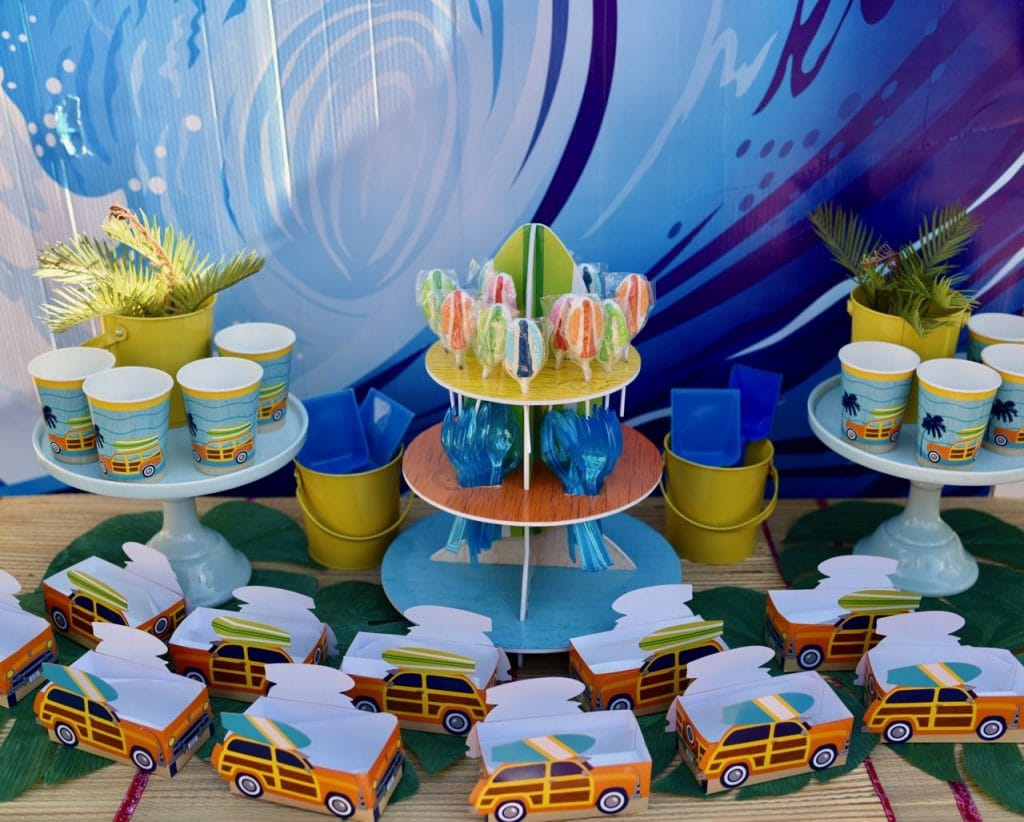 Surfing party table for surfer birthday party