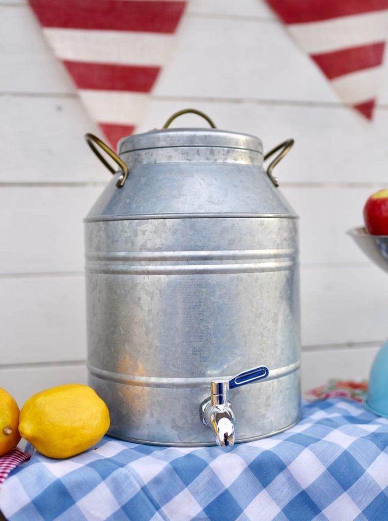 County fair party lemonade drink dispenser