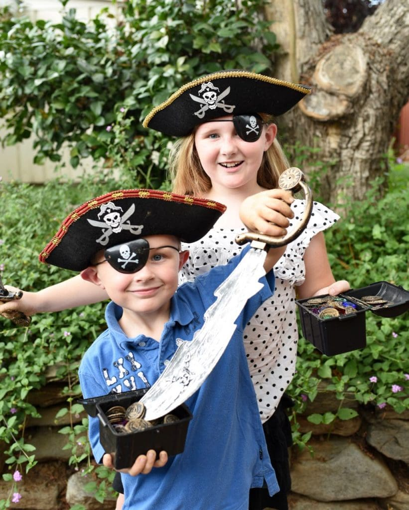Pirate treasure hunt activity for kids