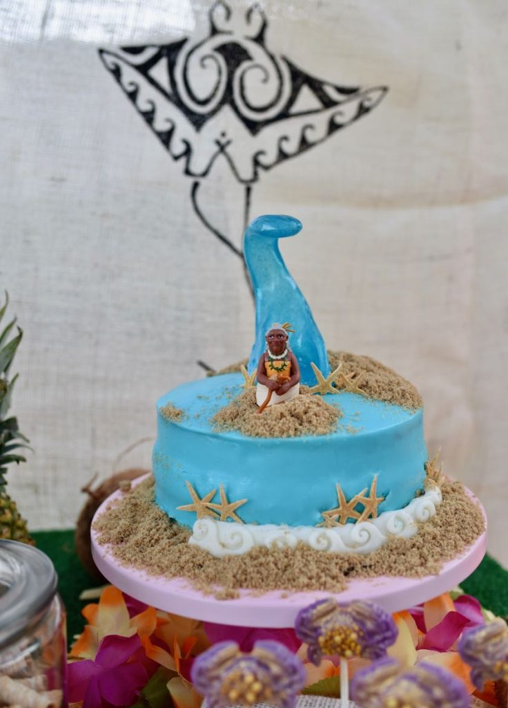 Moana birthday cake