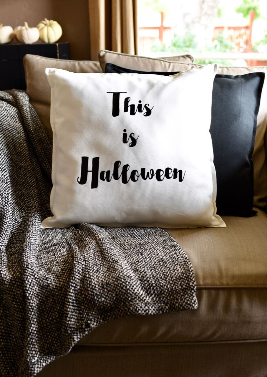 diy halloween pillow with cricut explore air 2 - make life lovely