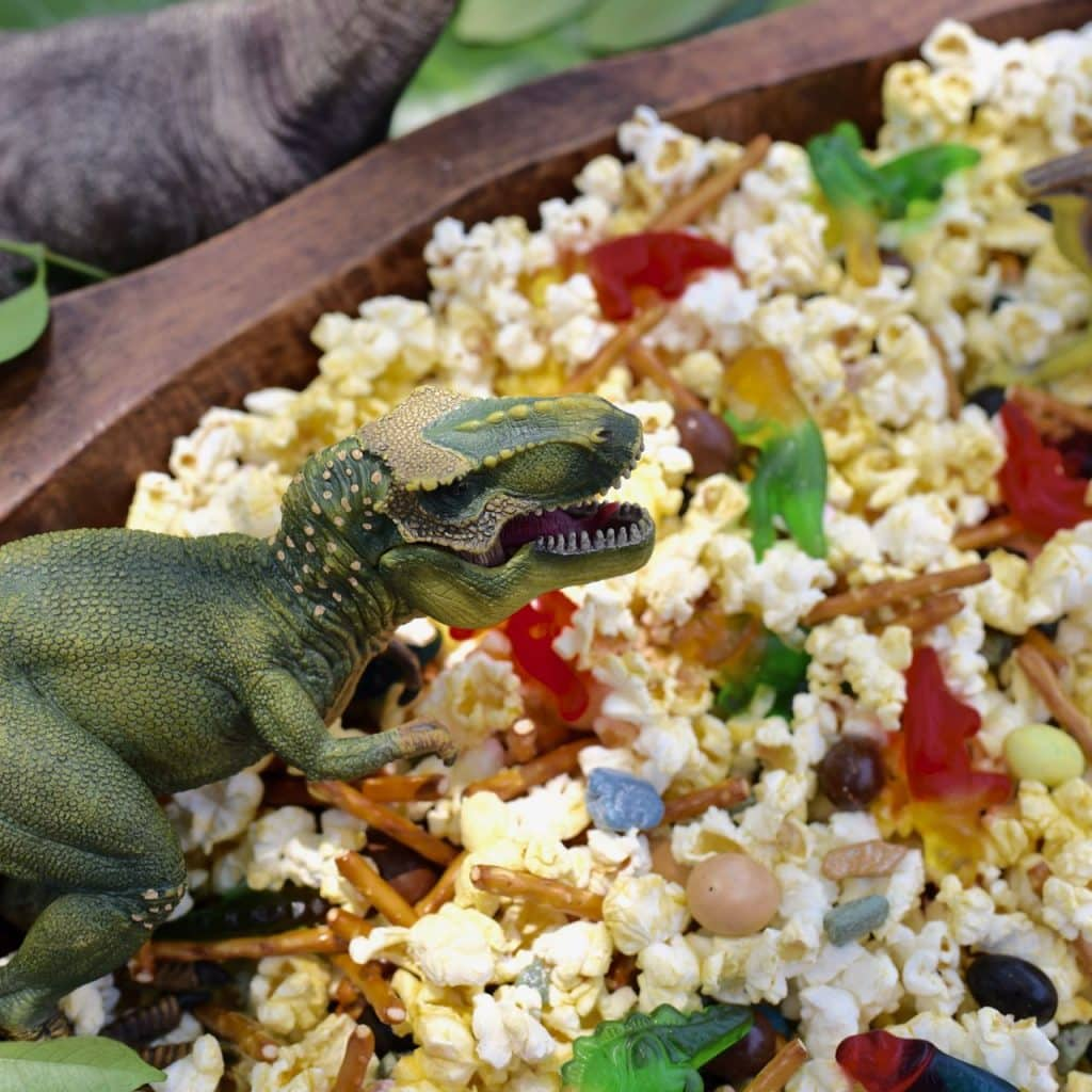 Dinosaur snack mix recipe