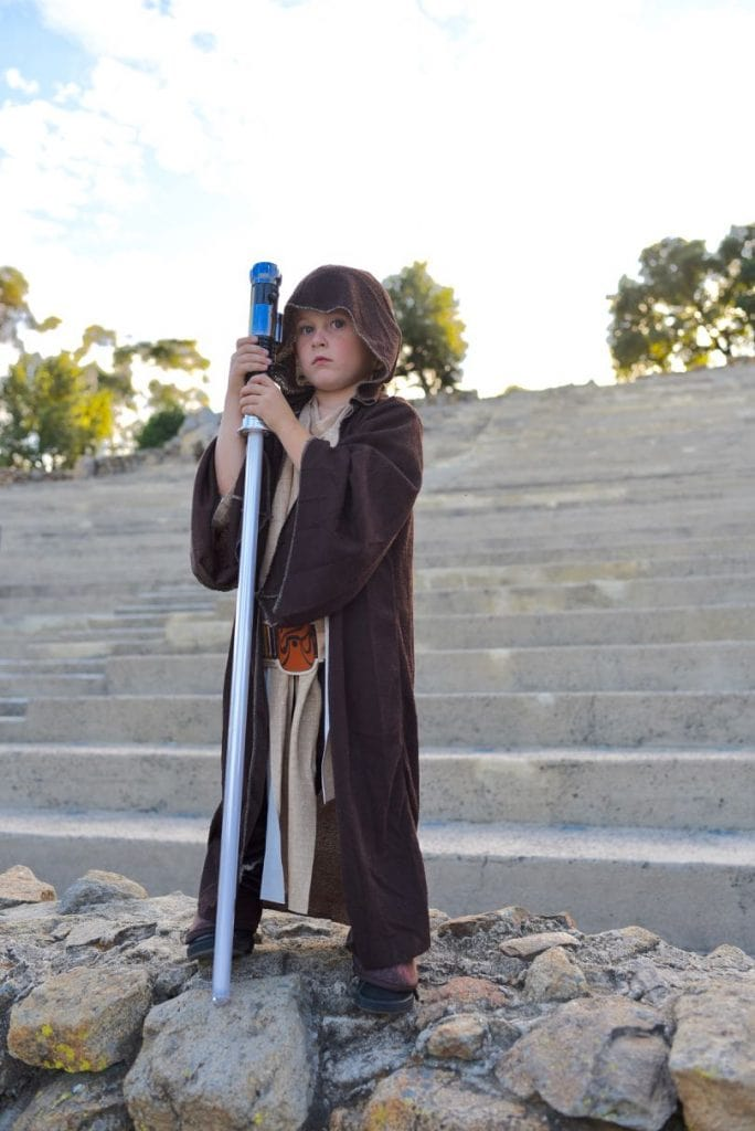 Star Wars Halloween costume Jedi Obi-Wan Luke Skywalker