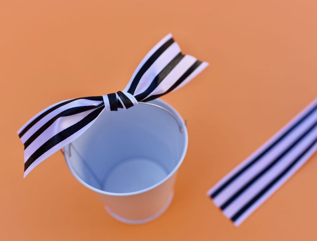 DIY Nightmare Before Christmas party favor tutorial