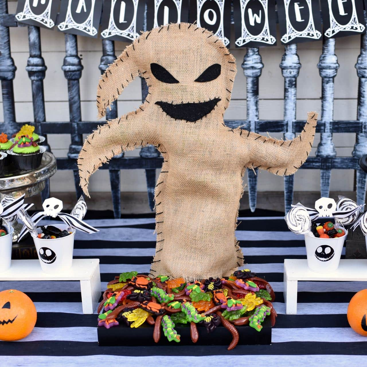 Oogie Boogie Halloween Party.Oogie Boogie Bug Platter For A Nightmare Before Christmas