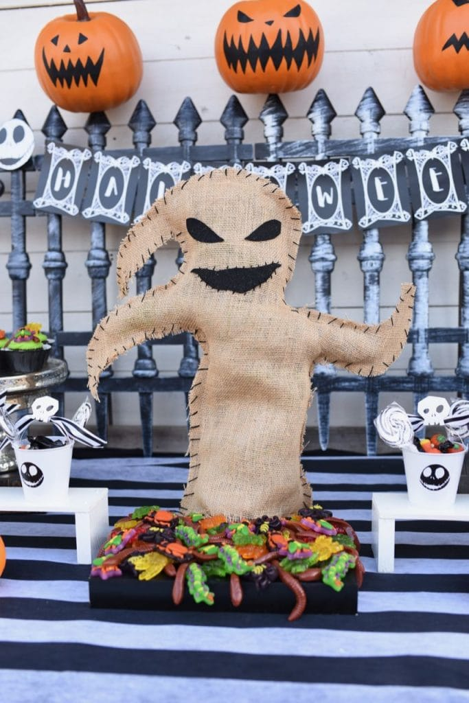 Nightmare Before Christmas party Oogie Boogie bug platter