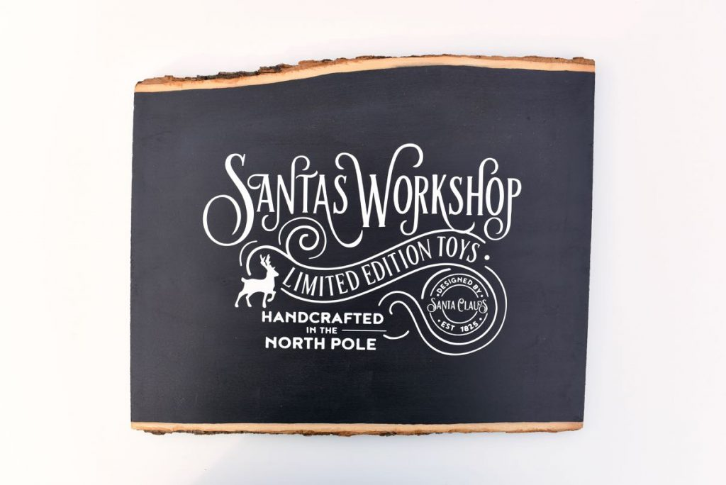 Christmas chalkboard sign tutorial with vinyl and Cricut machine