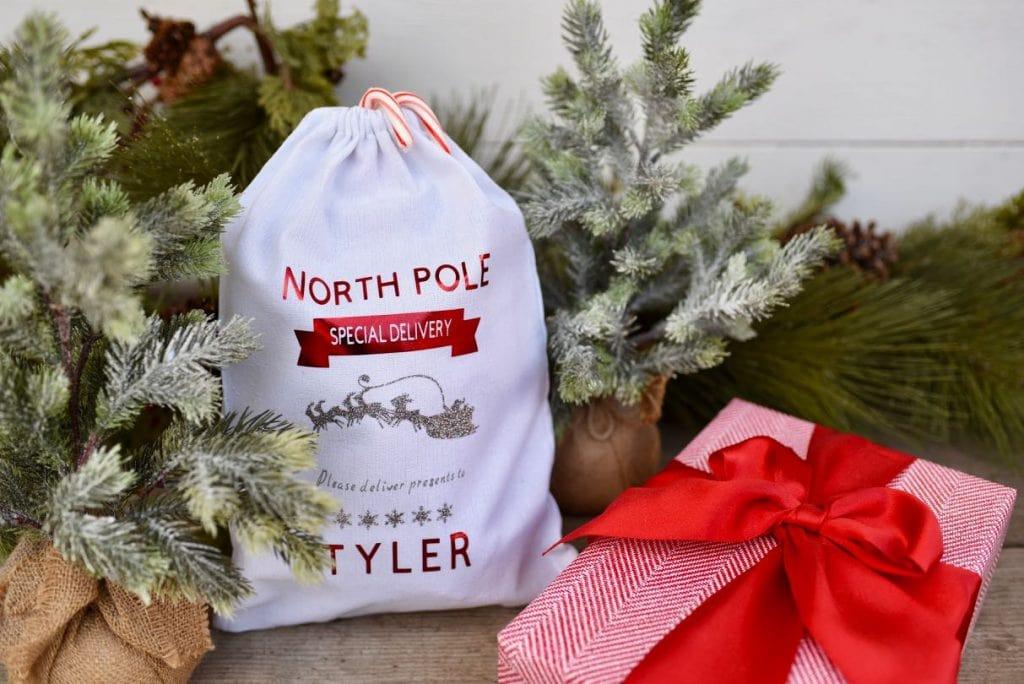 DIY personalized Christmas sack gift bag with Cricut tutorial