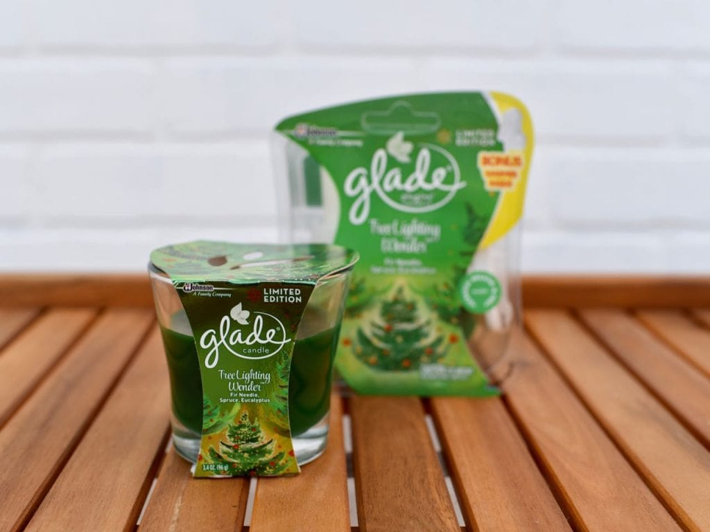 Glade holiday scents at gingerbread house making party