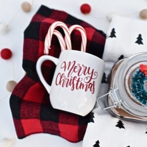 Hot Cocoa Gift Basket Tutorial for the Holidays with Cricut