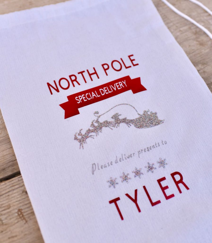 How to make a diy personalized Santa sack with Cricut